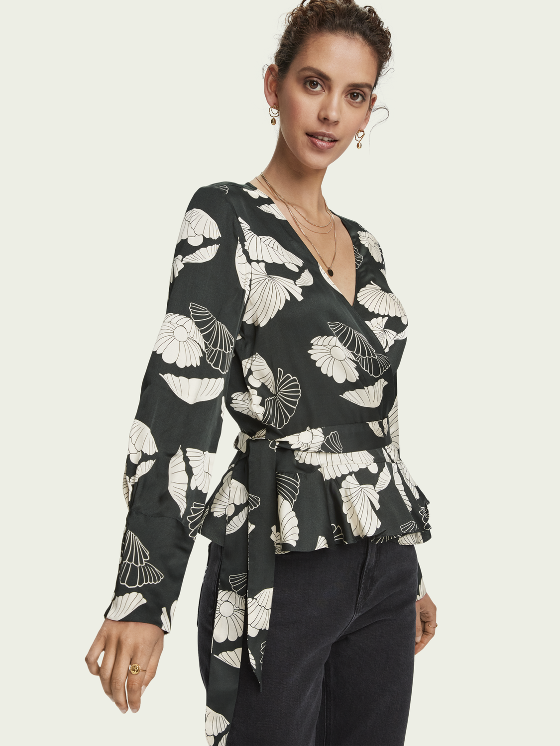 Women Flowy long sleeve wrap top