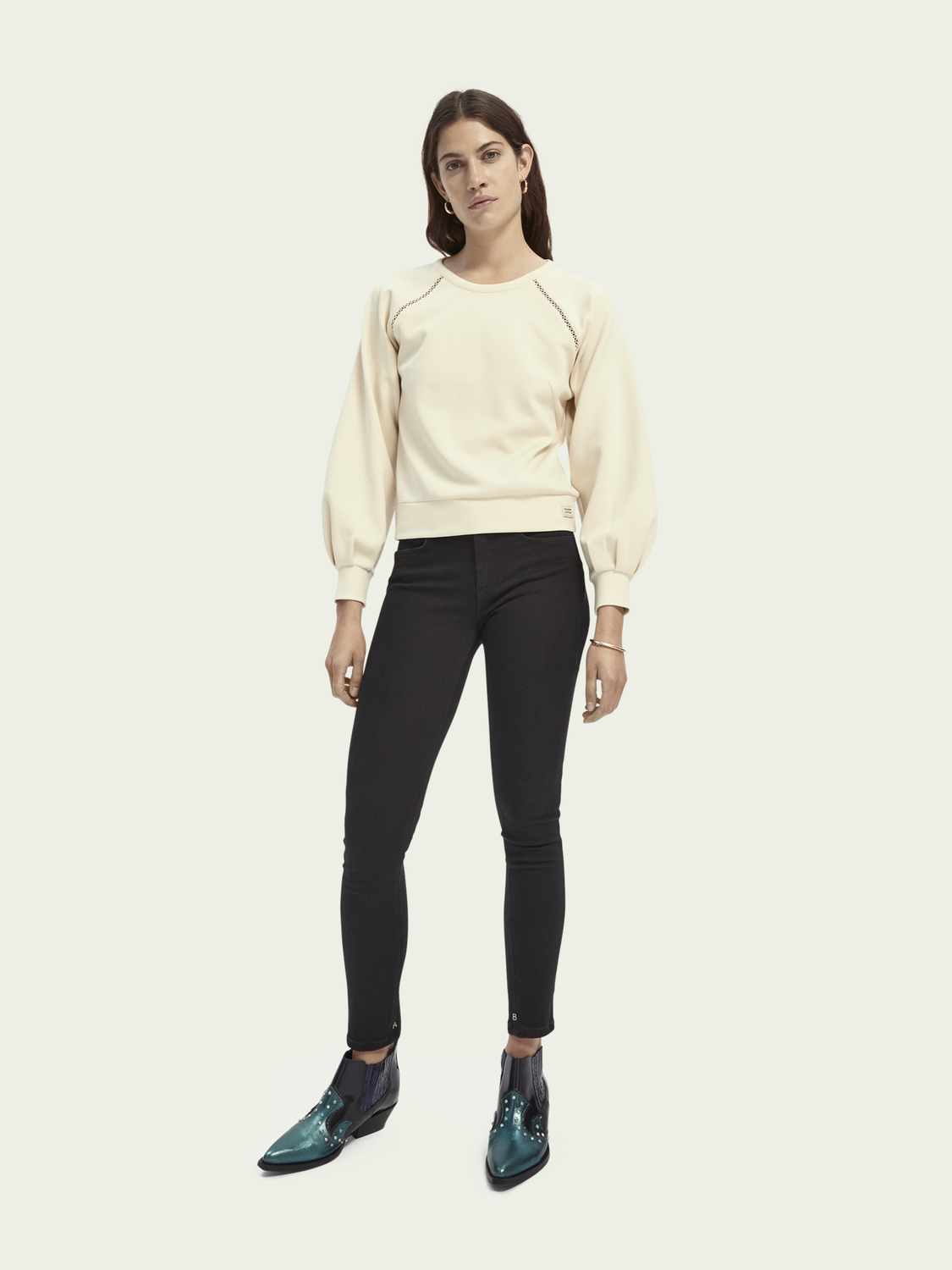 Women Cropped crewneck sweater with ladder detail
