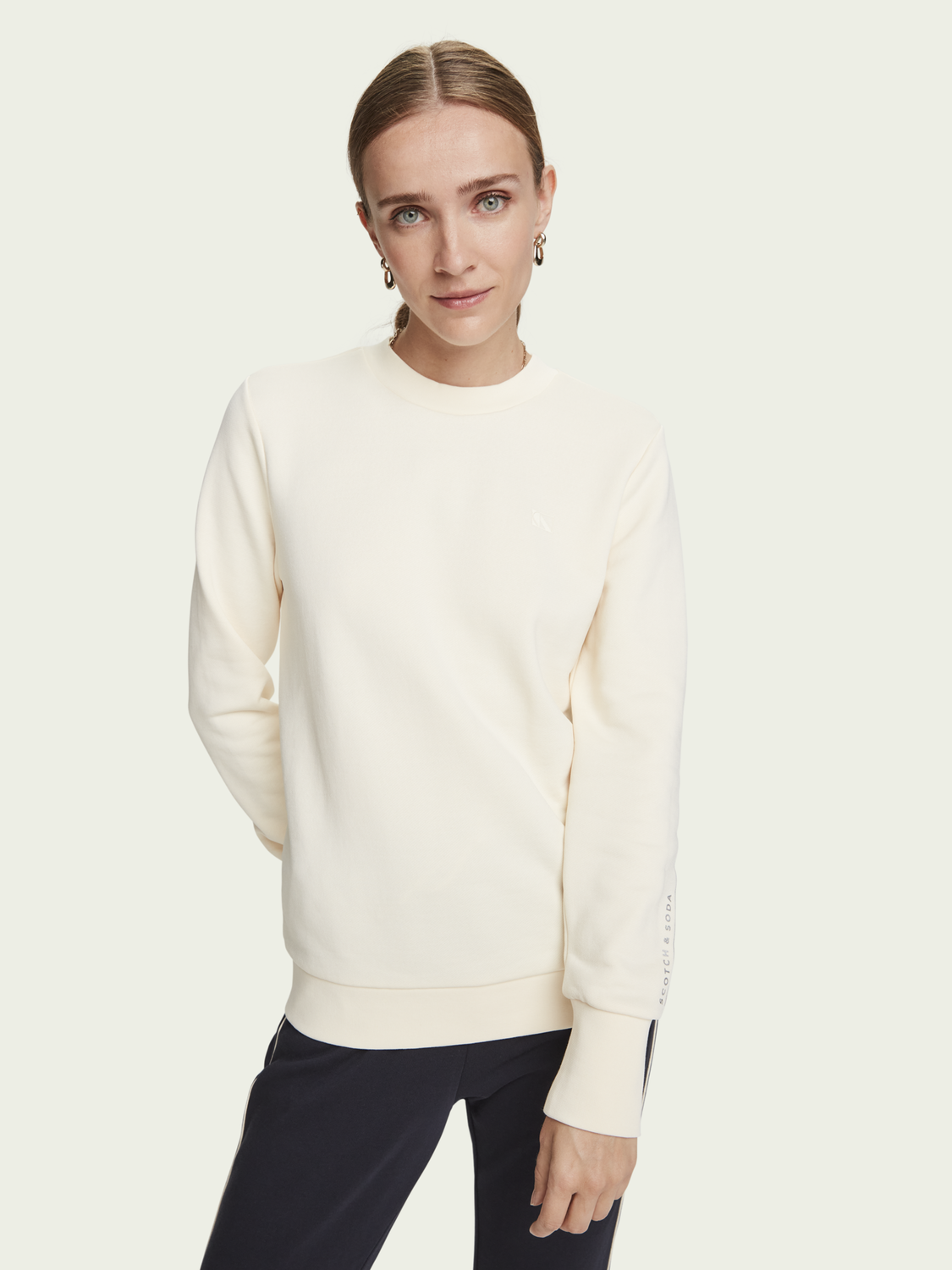 Women Basic long sleeve sweatshirt