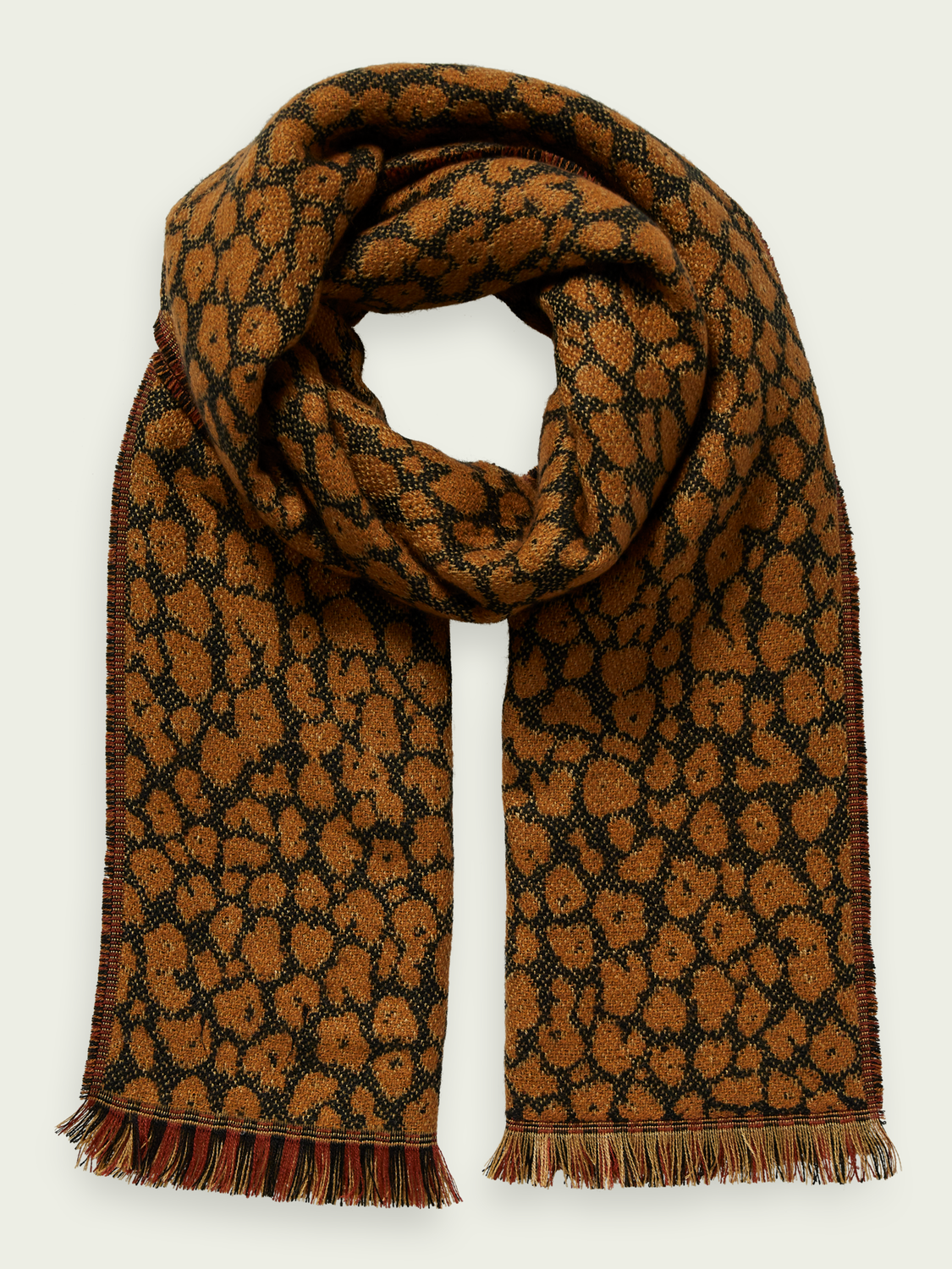 Damen This patterned scarf features a double-sided design and frin