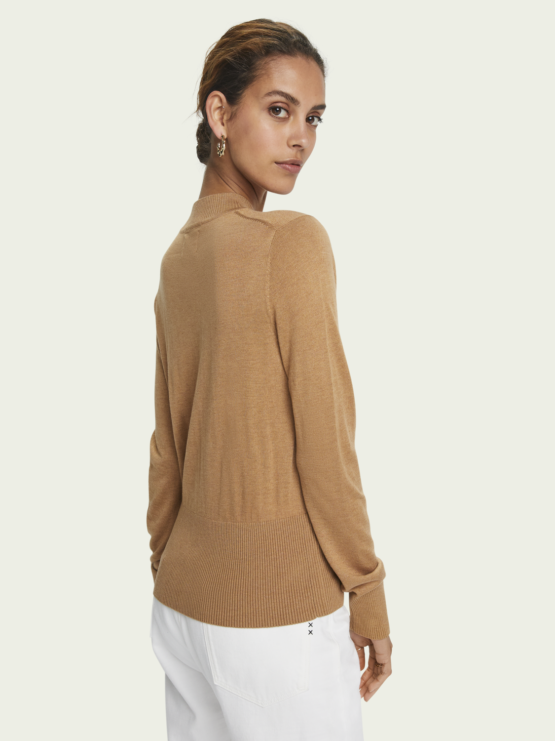 Women Lightweight long sleeve wool-blend knit