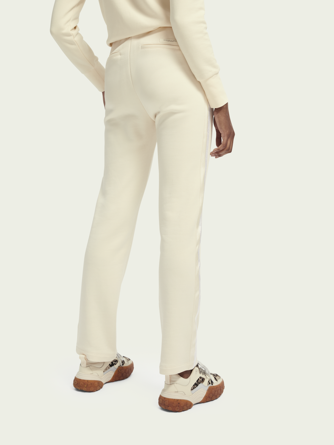 Women Cotton-blend mid-rise relaxed sweatpants