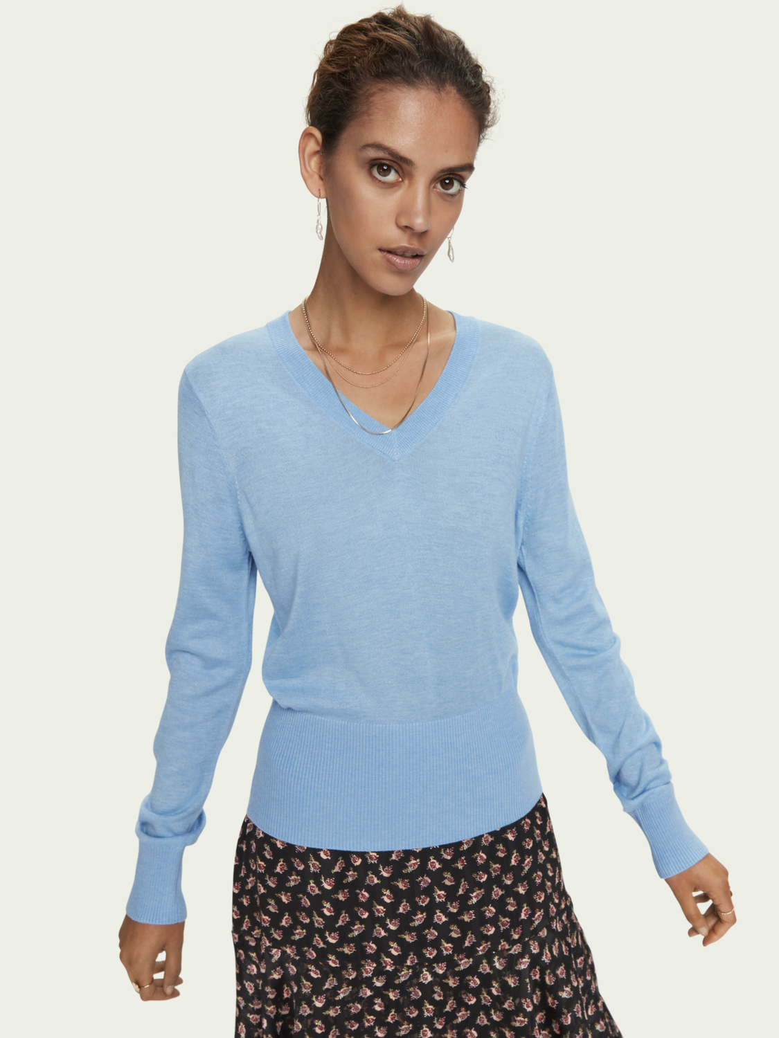 Women Lightweight knit with fitted waist