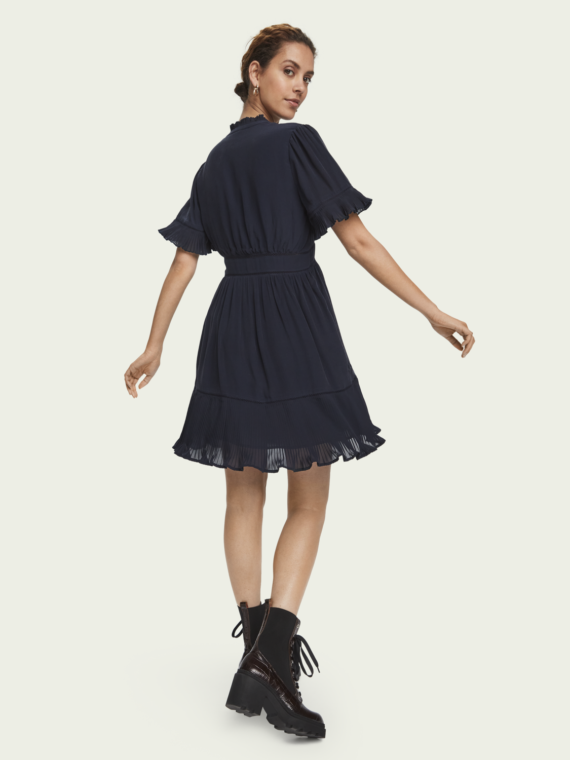 Women Pleated short sleeve mini dress