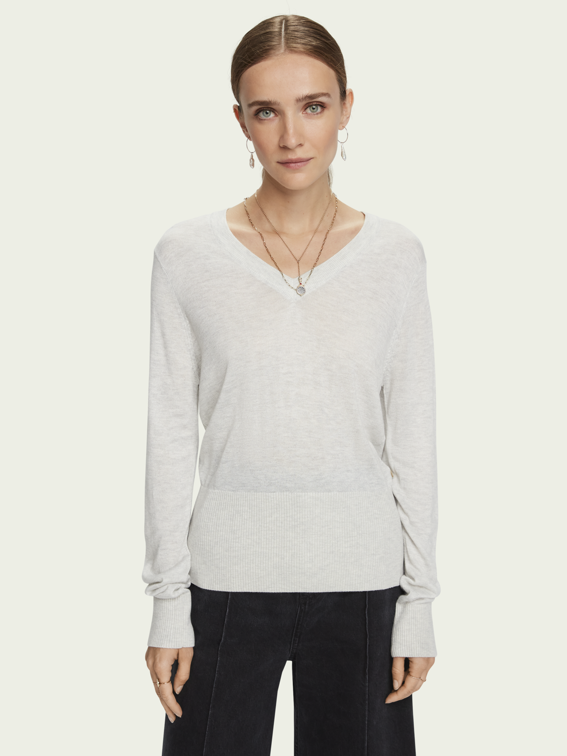 Damer Lightweight knit with fitted waist