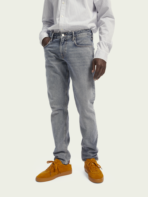 Scotch & Soda Tye - Dive Right In   Mid rise slim carrot fit jeans van gerecycled materiaal