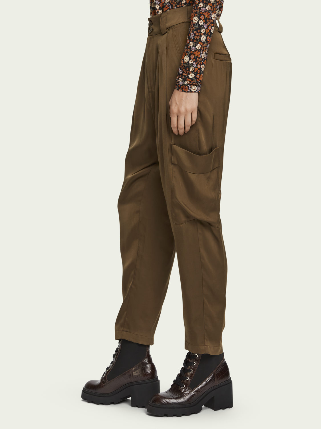 Women Drapey cargo pants