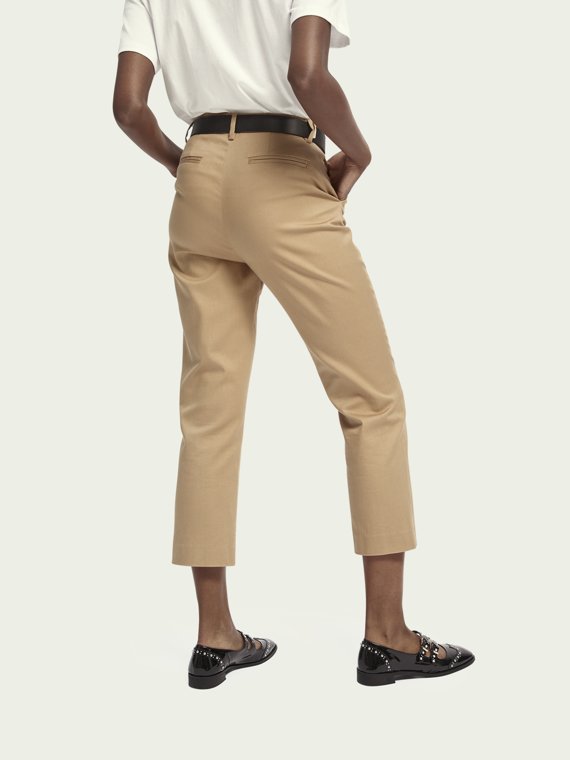Damer Bell – stretch cotton | Mid-rise slim fit chino