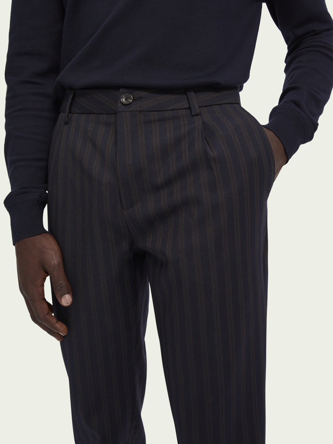 Men Blake – Wool-blend pleated chino | Slim fit