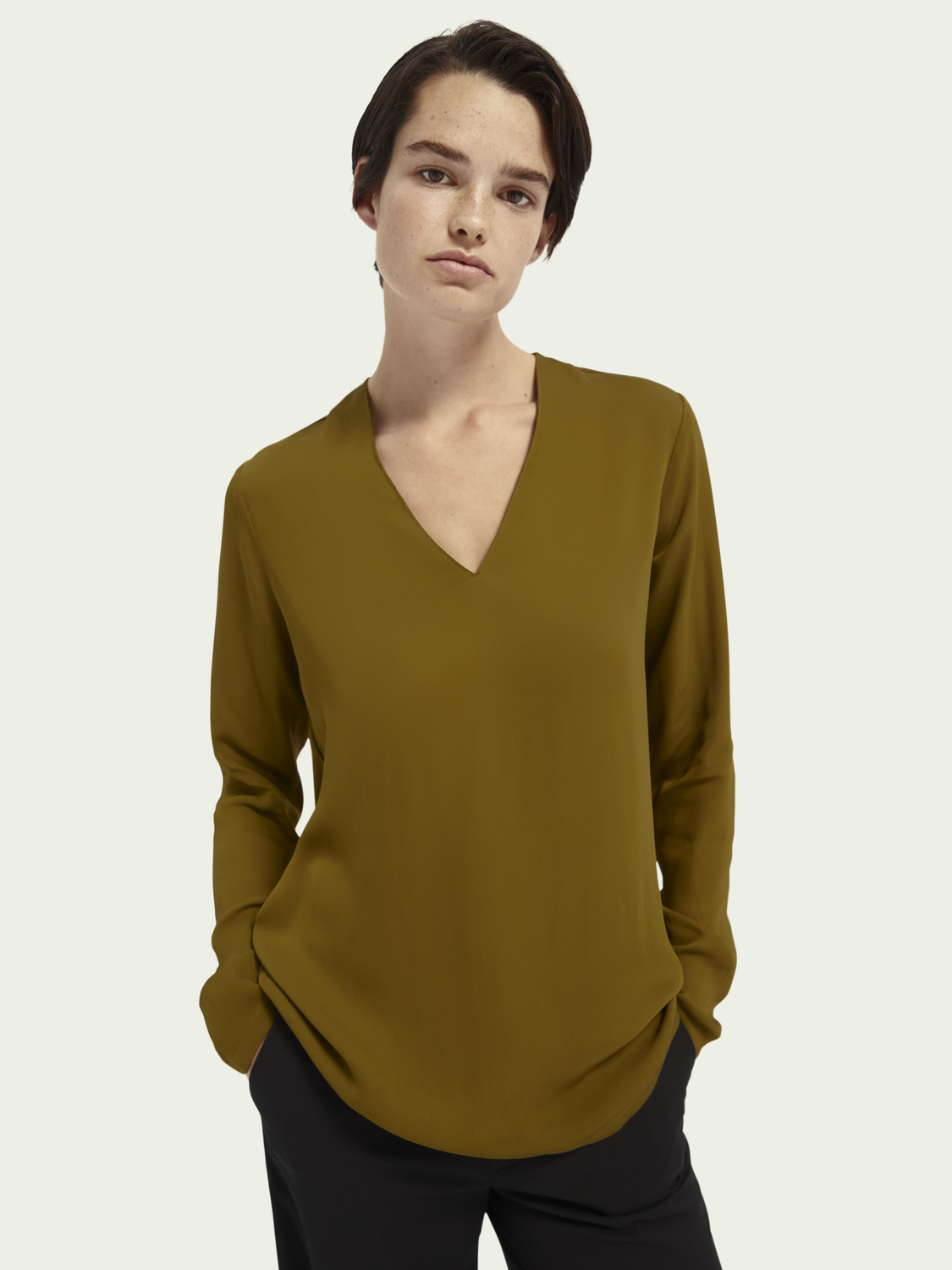 Women Long sleeve V-neck top