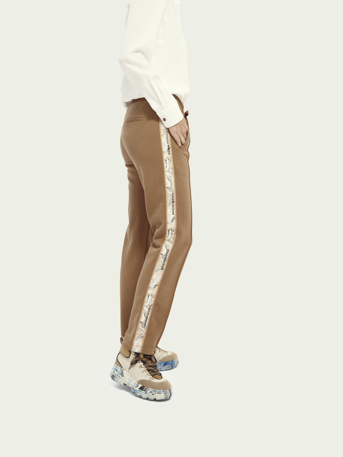 Women Sweatpants with side tape