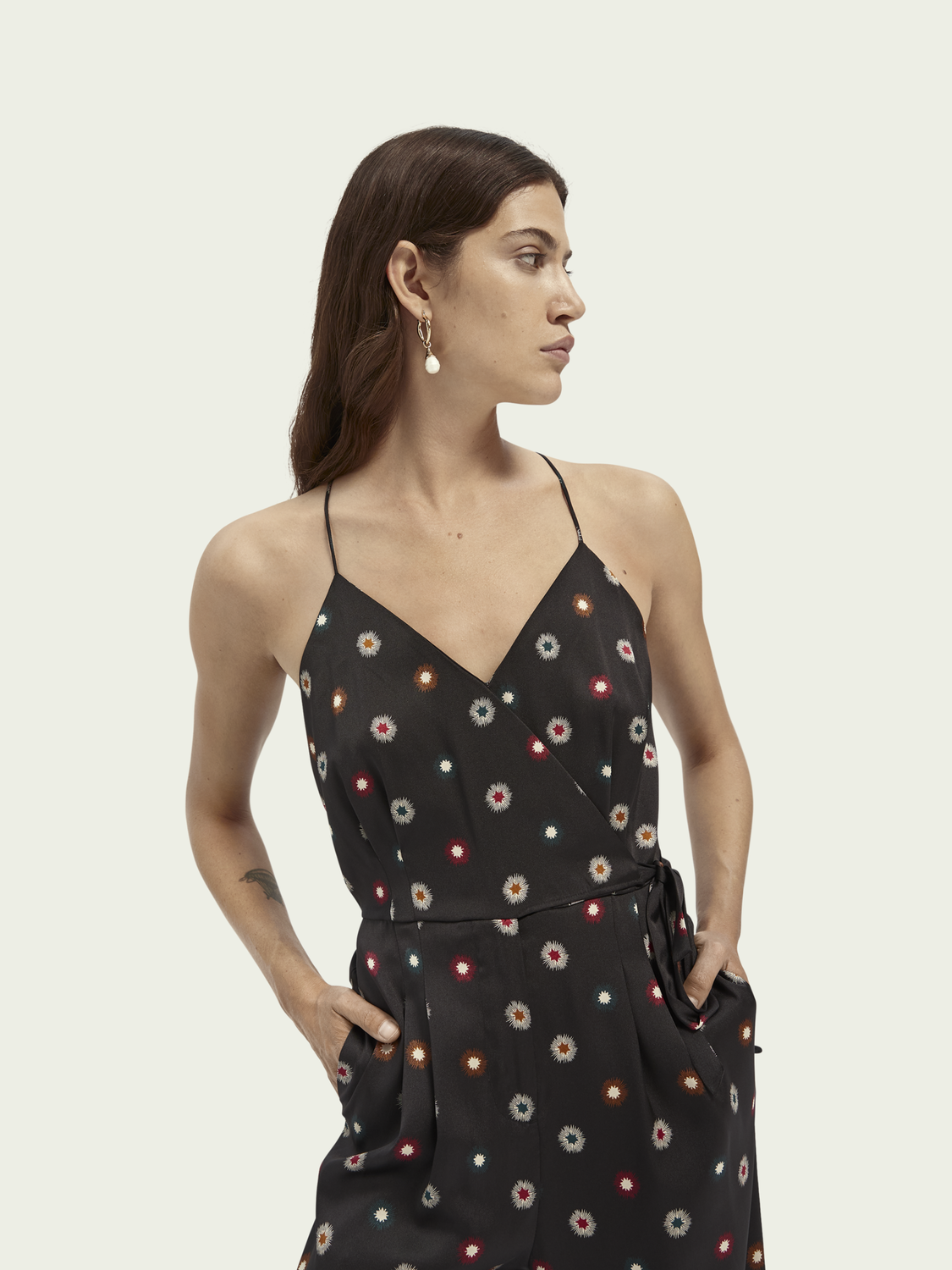 Damen Gemusterter Jumpsuit in Wickeloptik