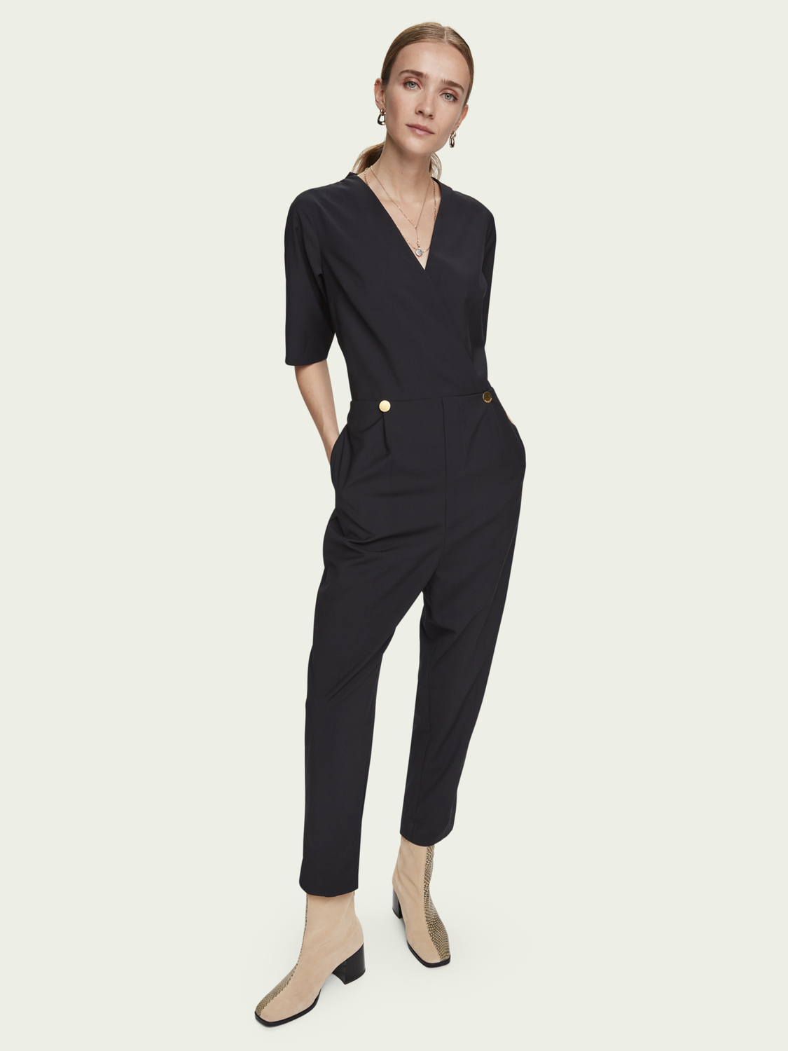 Women Tailored V-neck short sleeve jumpsuit