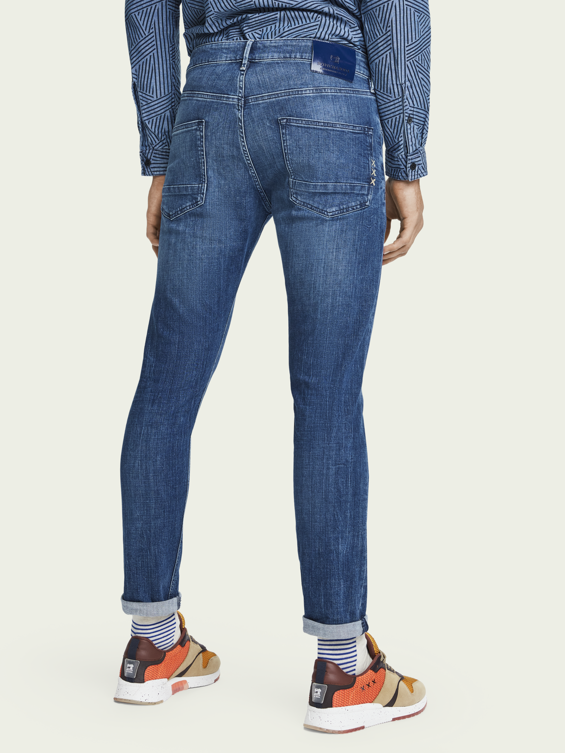 Heren Tye - Daily Icon | Mid rise slim carrot fit jeans
