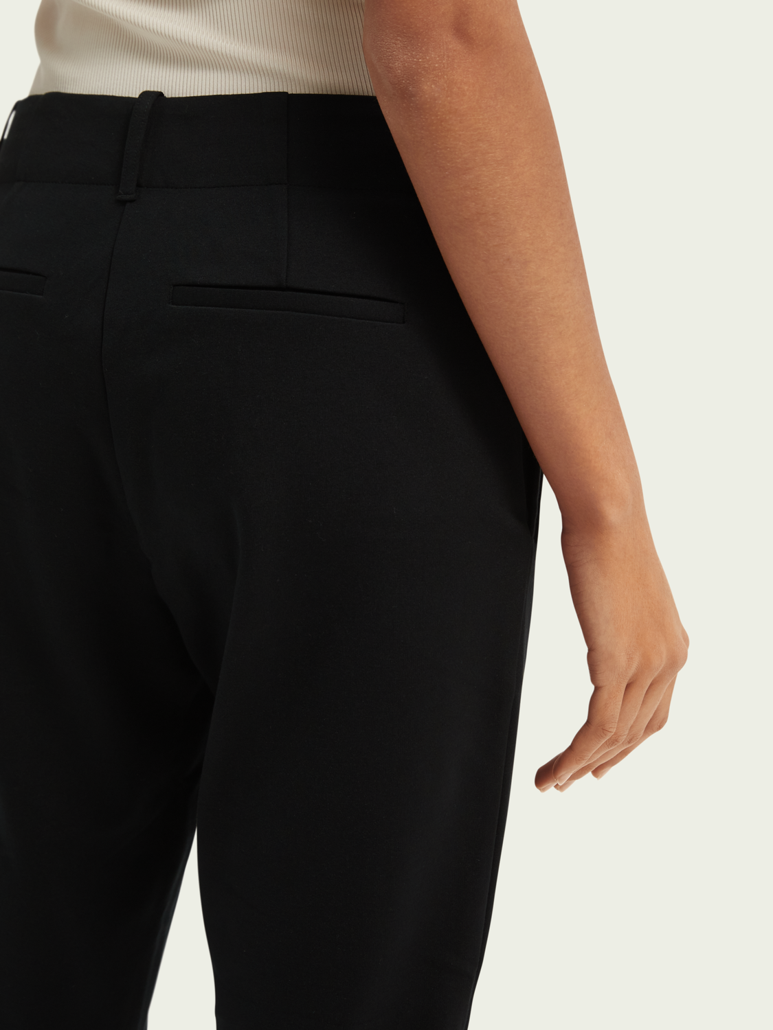 Women Tailored slim-fit trousers