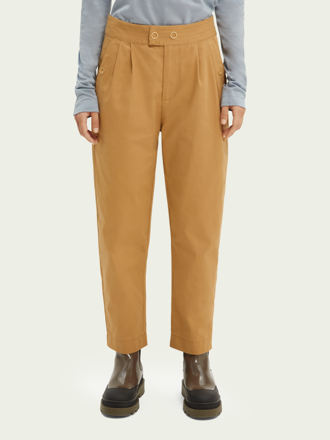 Women Tapered-fit organic cotton trousers