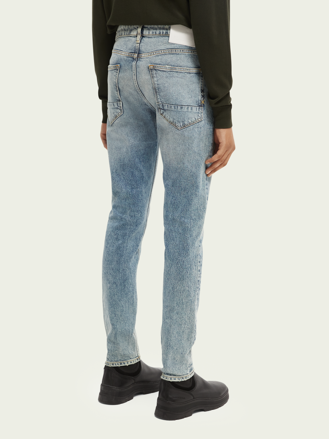 Men Skim skinny fit organic cotton jeans – Up up and Away