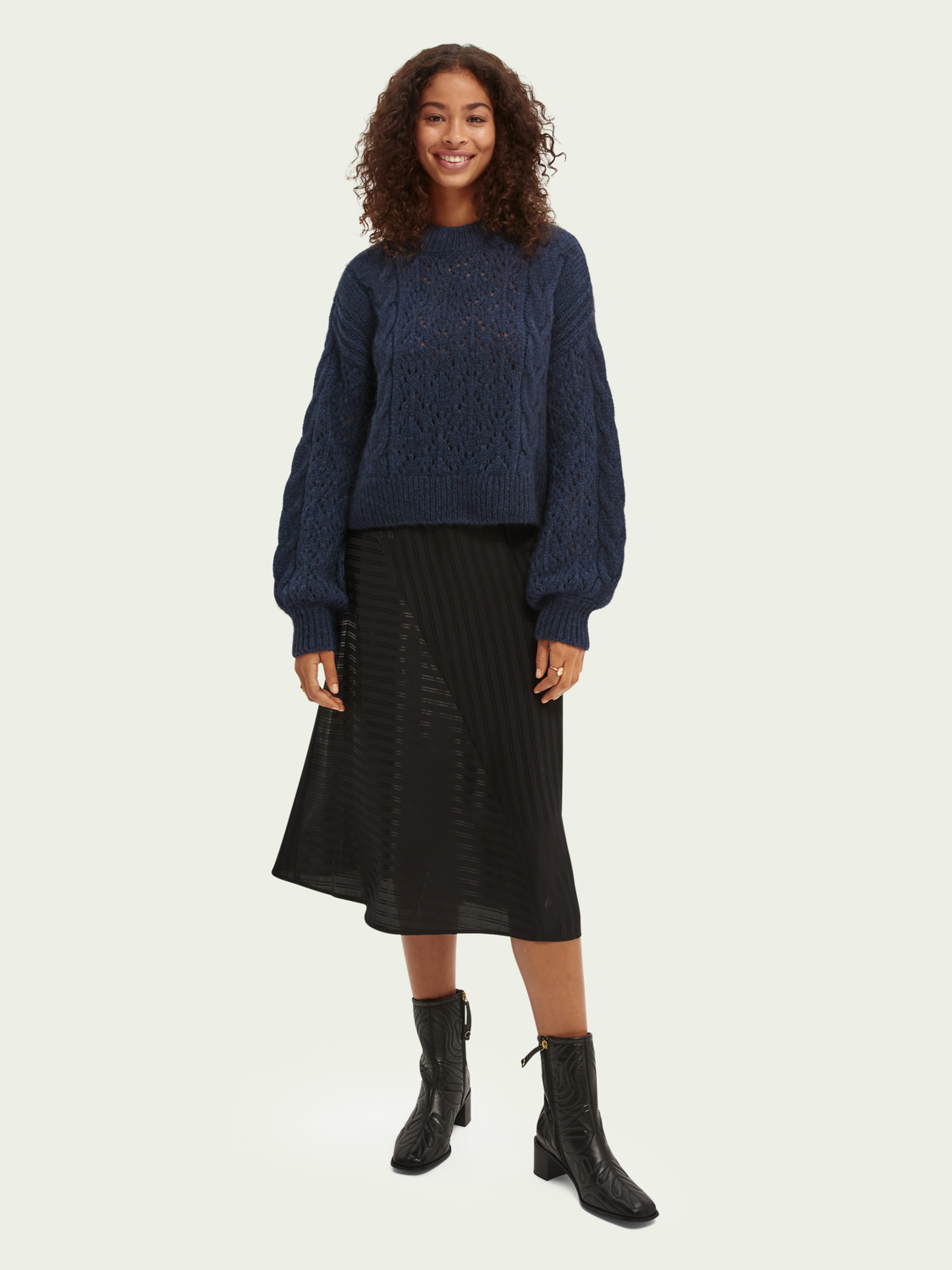 Women Cable-knitted relaxed-fit sweater