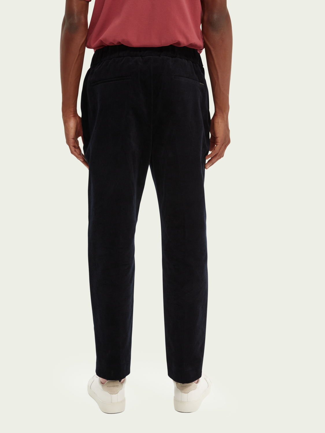 Men Fave corduroy tapered-fit organic cotton jogger