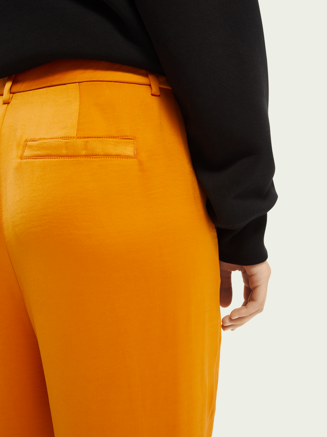 Women Tailored mid-rise trousers