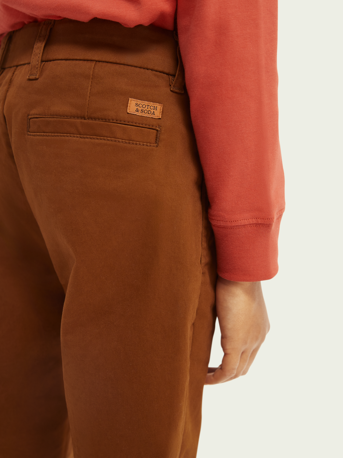 Barn Chinos med loose tapered fit