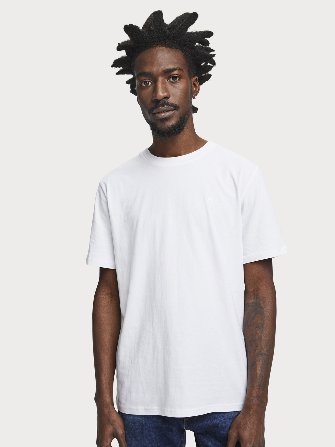 quality white t shirts