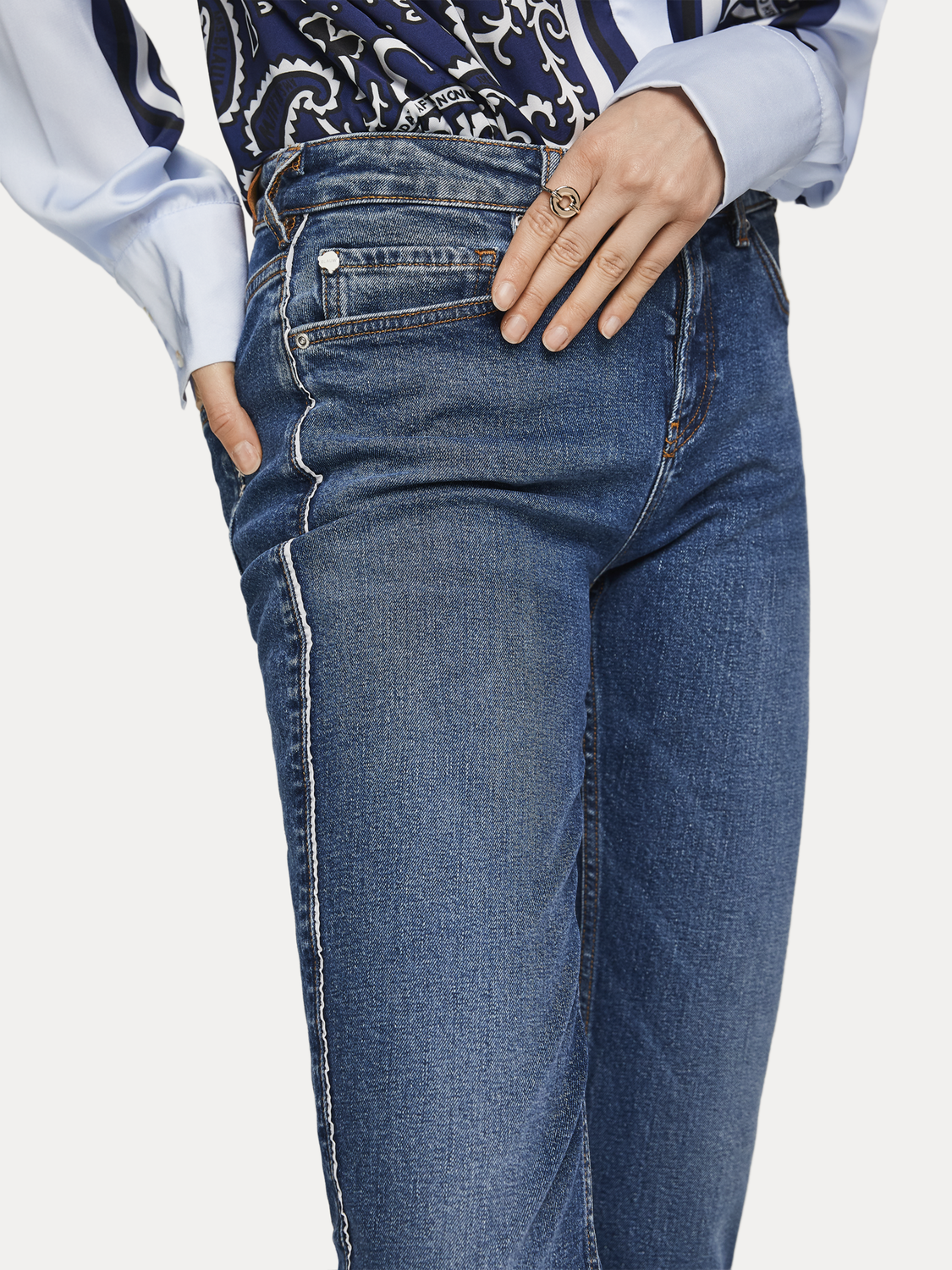 Femme The Keeper - True Blue | Mid rise slim fit