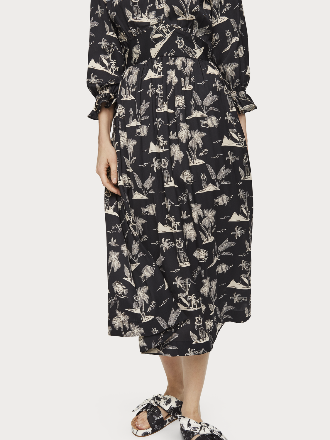 Women Printed satin midi dress