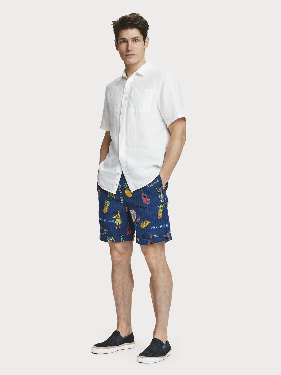 Herren Chino-Shorts mit Allover-Print
