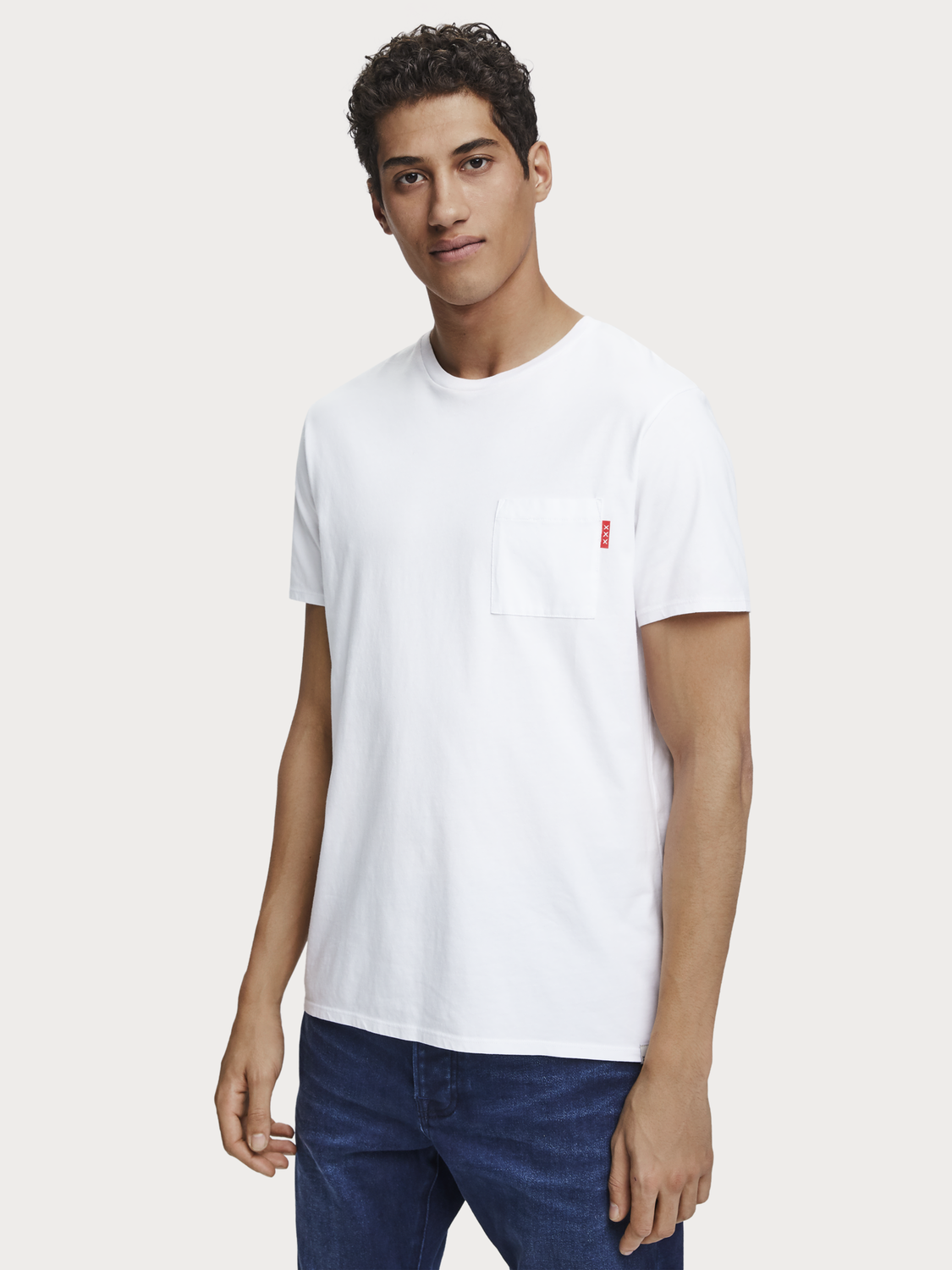 Men Basic Chest Pocket T-Shirt