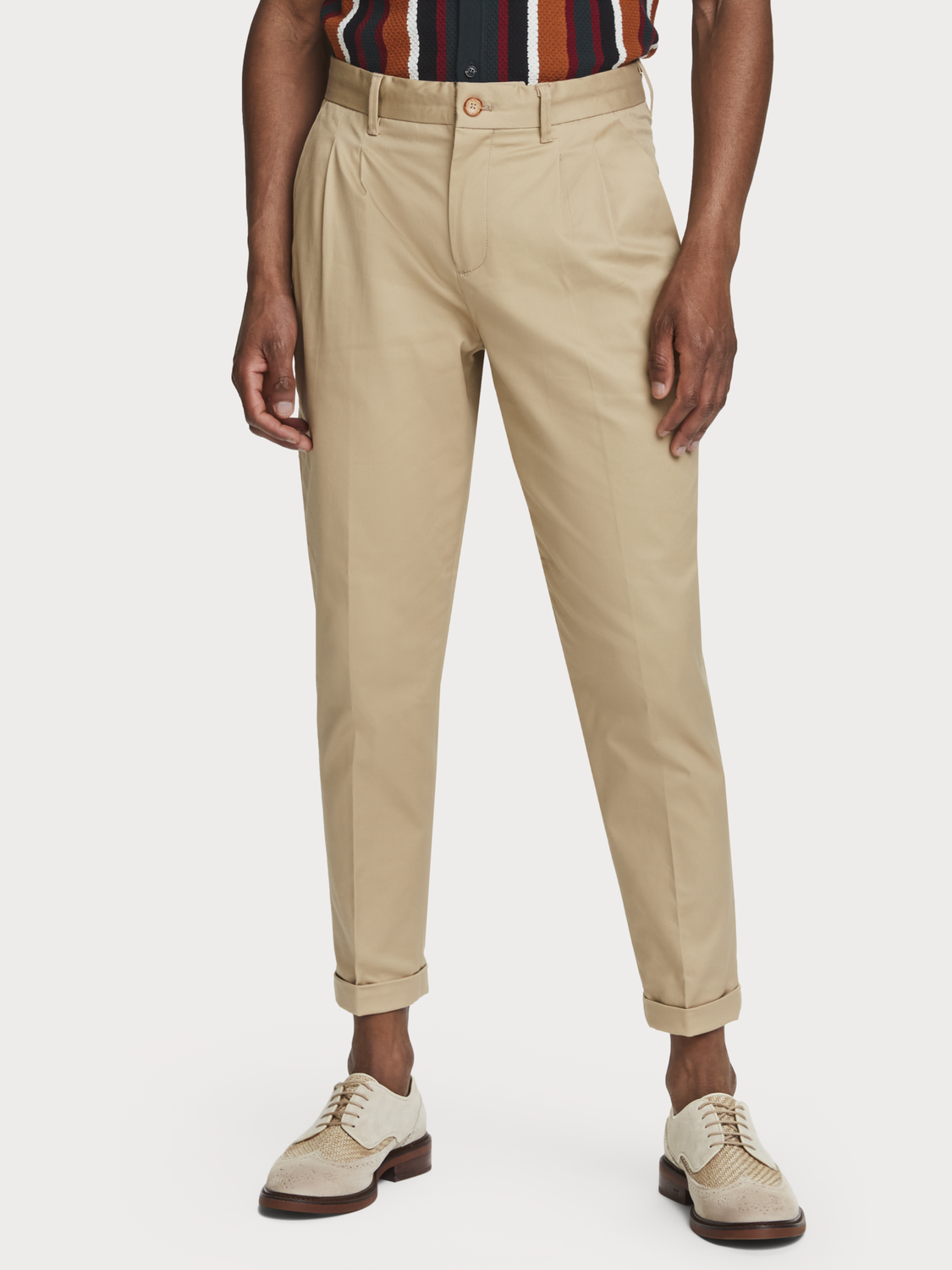 Men Twilt - pleated twill chinos | Loose tapered fit