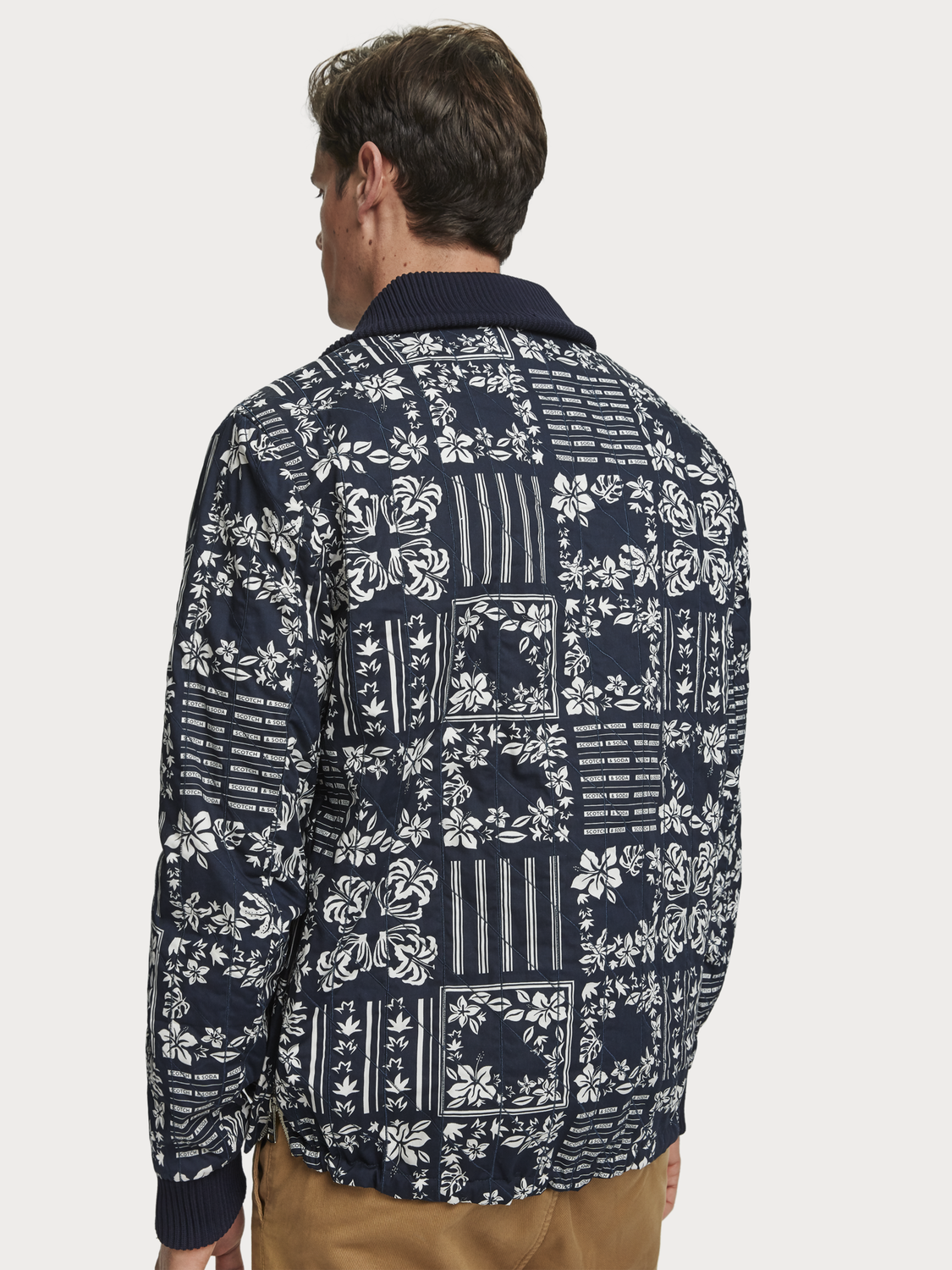 Men Printed Pullover Jacket