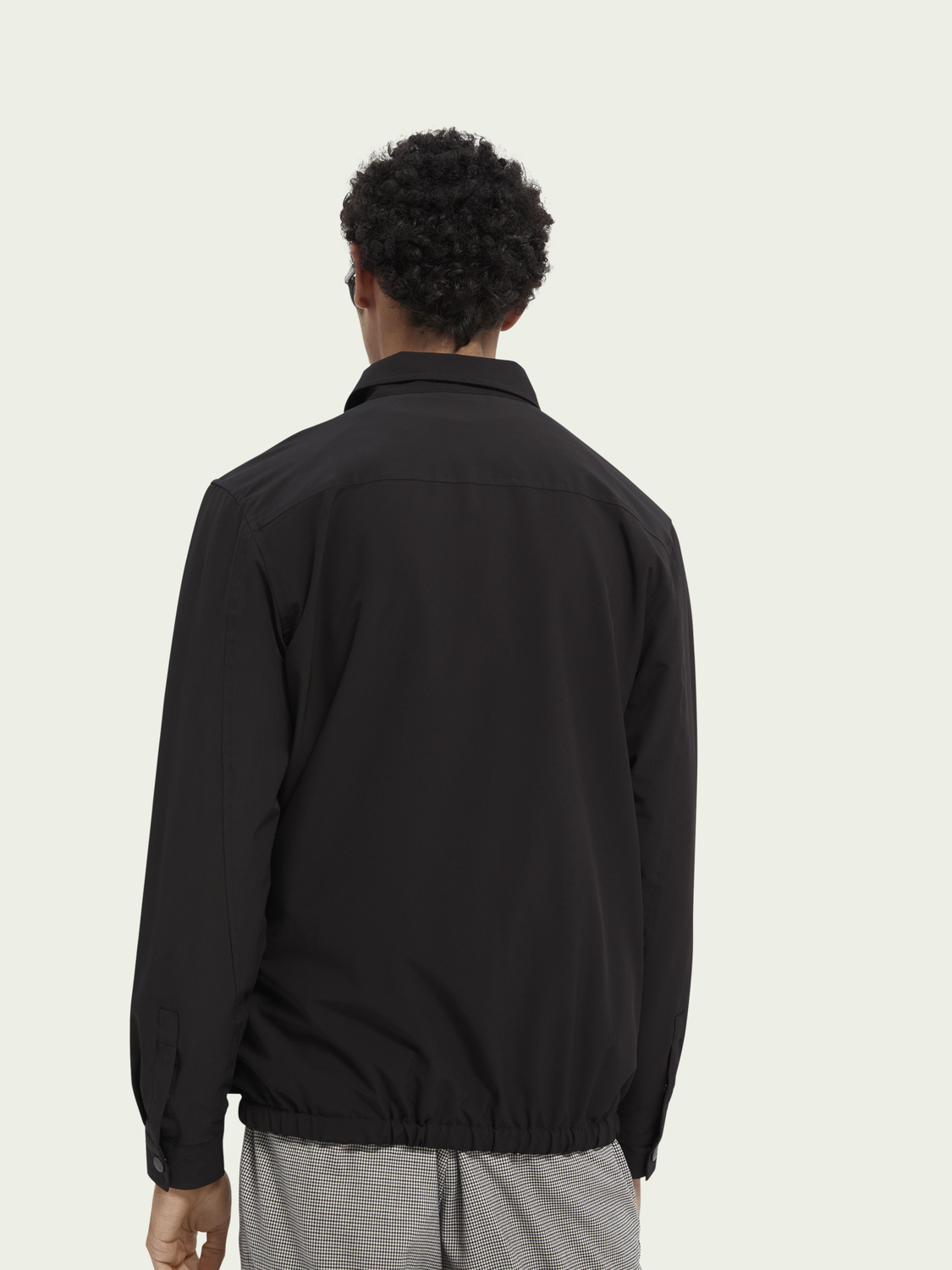 Men Lightweight recycled polyester coach jacket