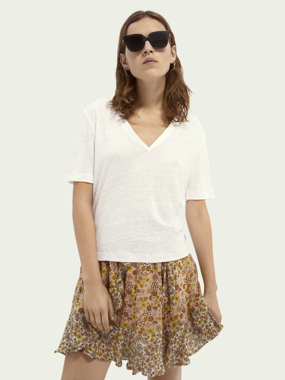 Women V-neck linen T-shirt