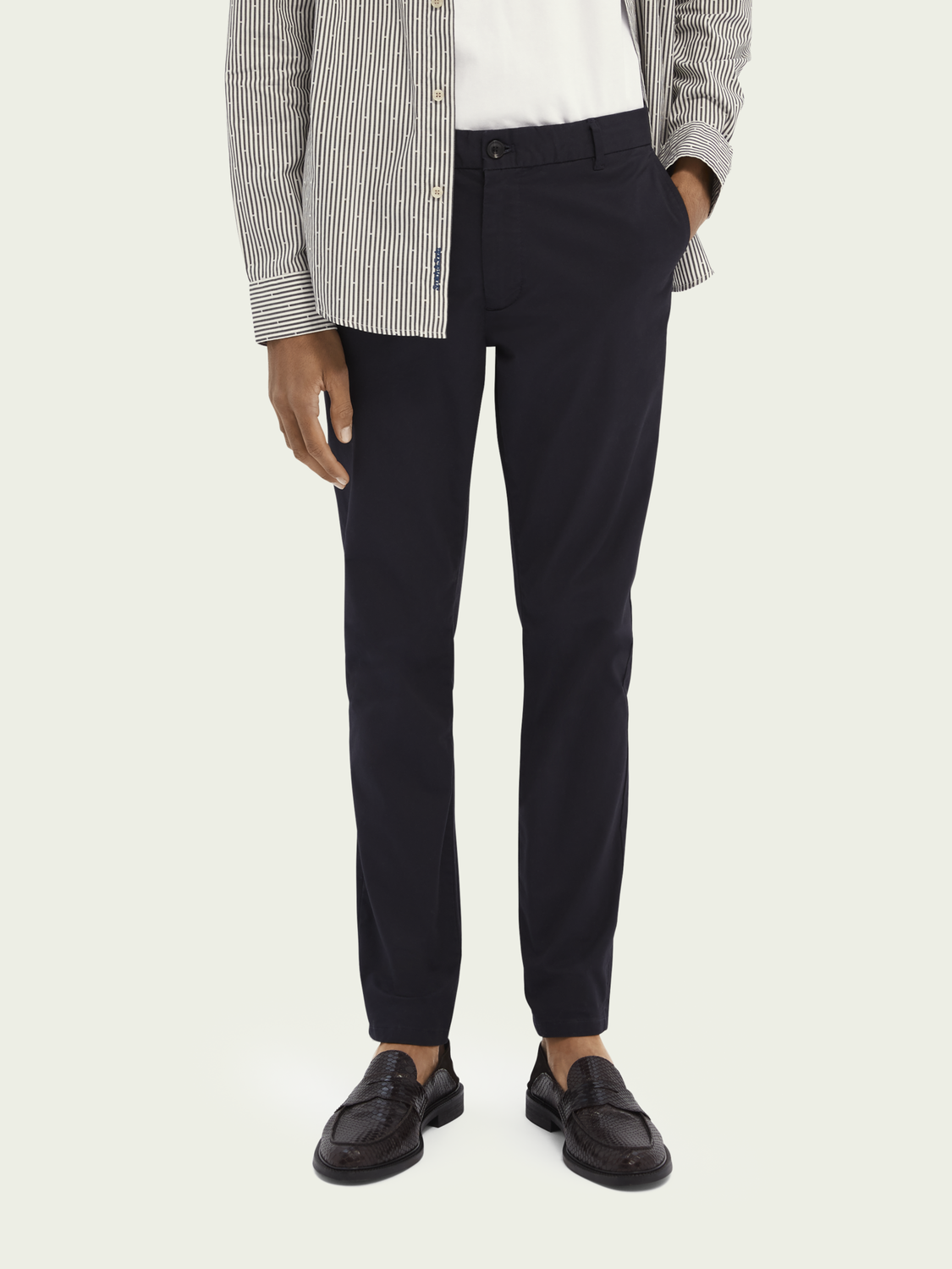 Homme Chino Mott super slim fit en coton bio