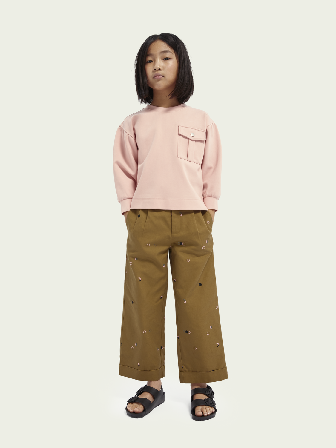 Kids Sweater with patched on pocket