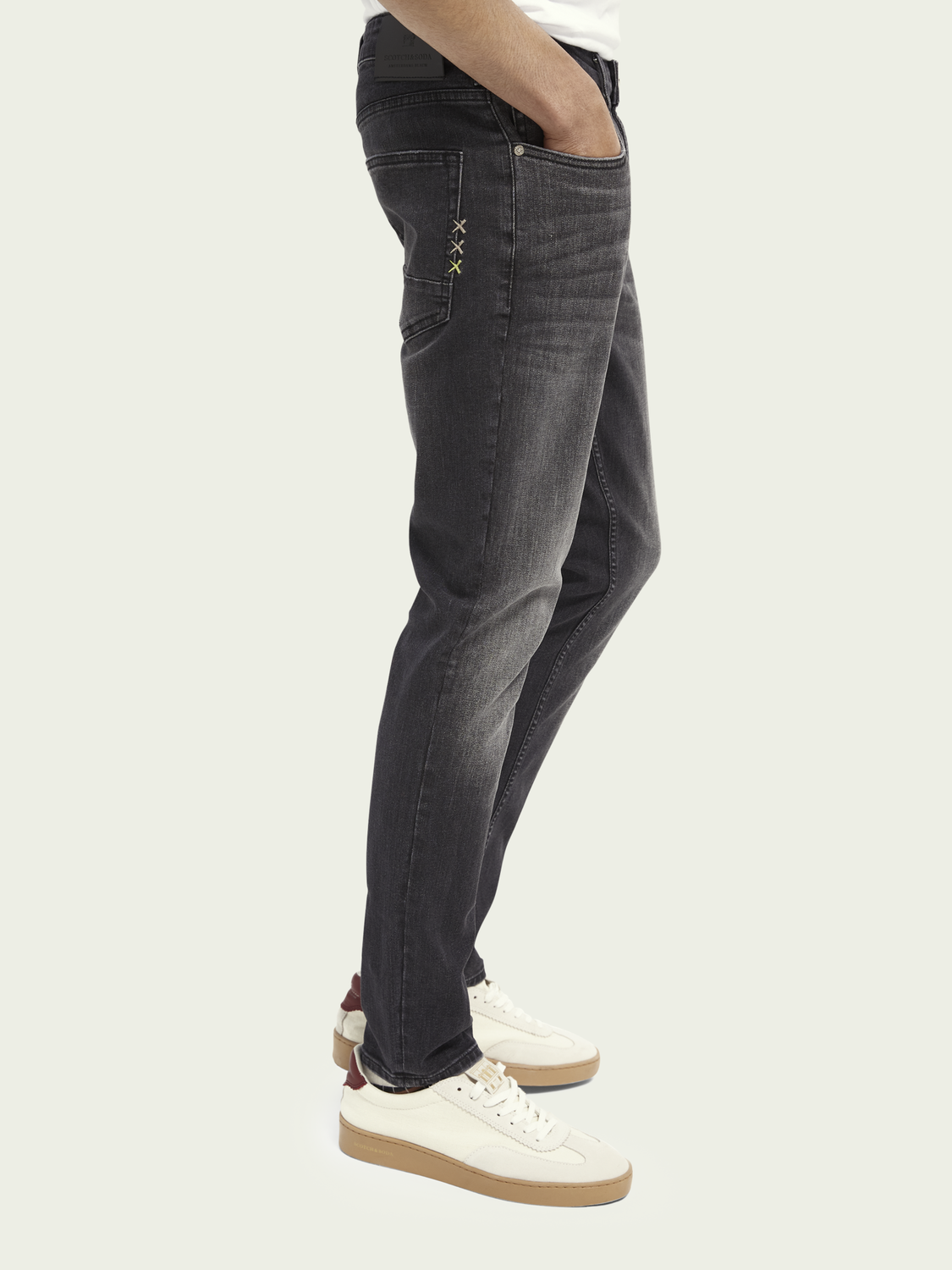 Men Skim super slim fit organic cotton jeans - Soldier on