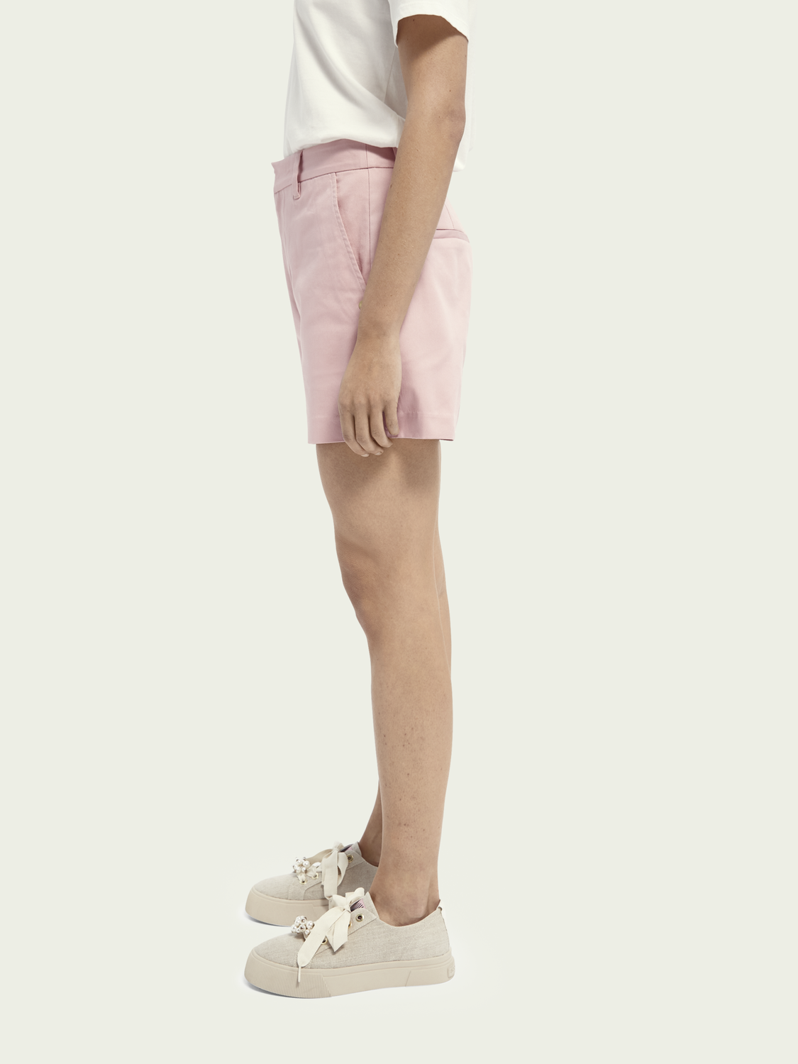 Women Abott organic cotton chino shorts
