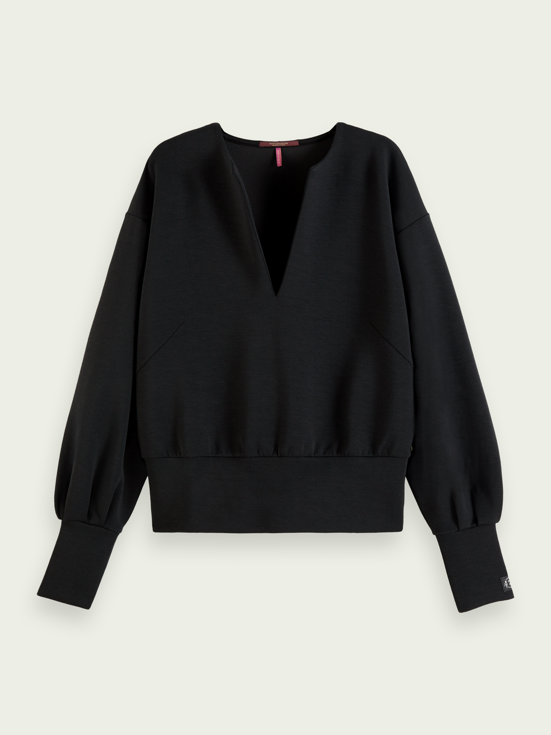 Women Voluminous sleeved soft sweater