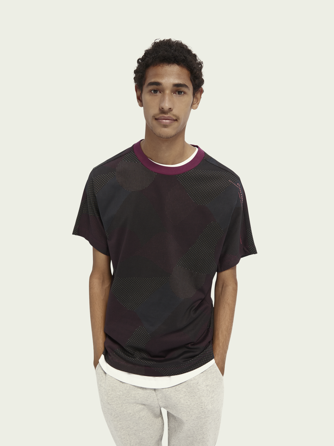 Men Structured sporty T-shirt