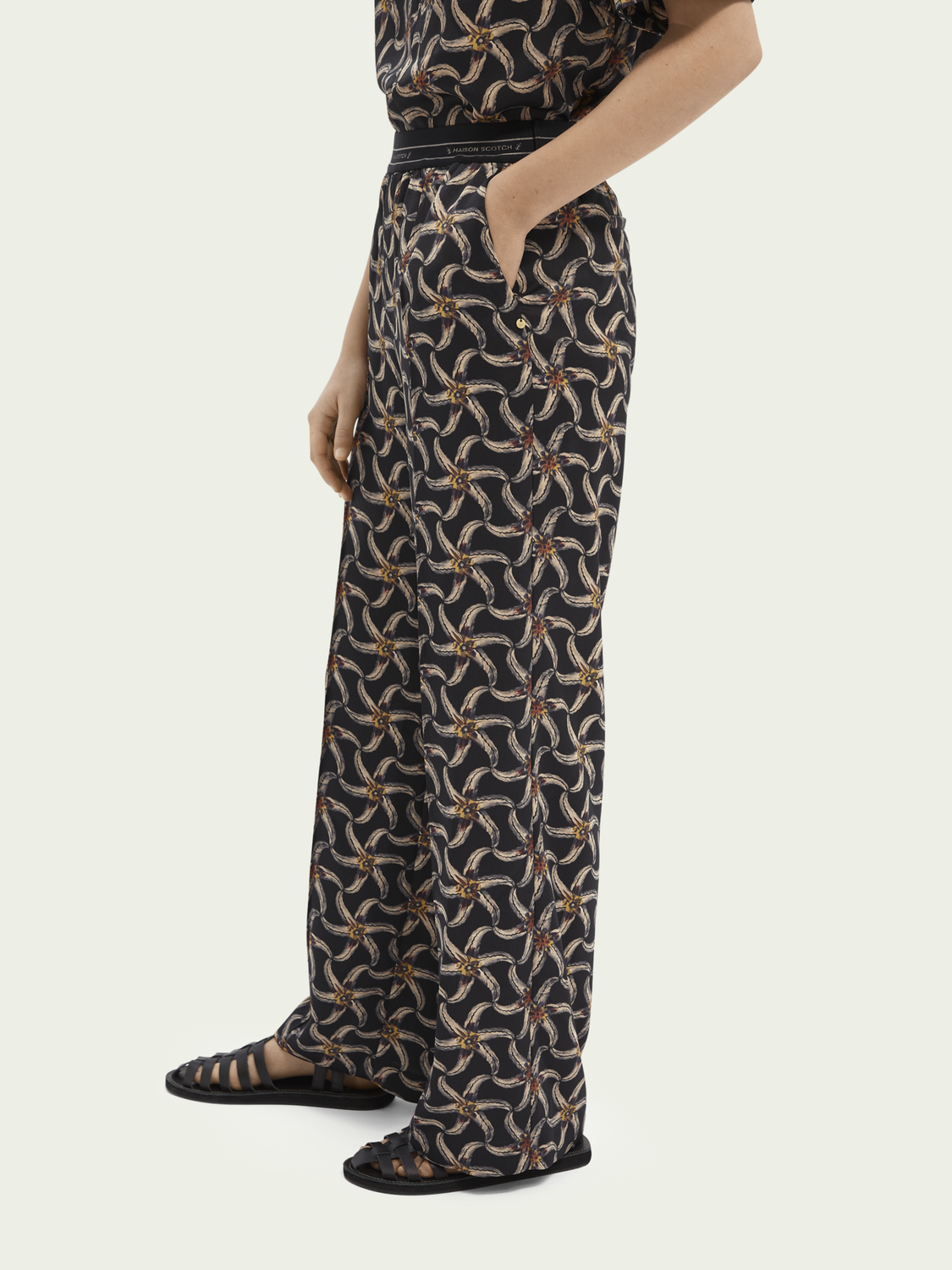 Women Printed elastic waist wide-leg trousers
