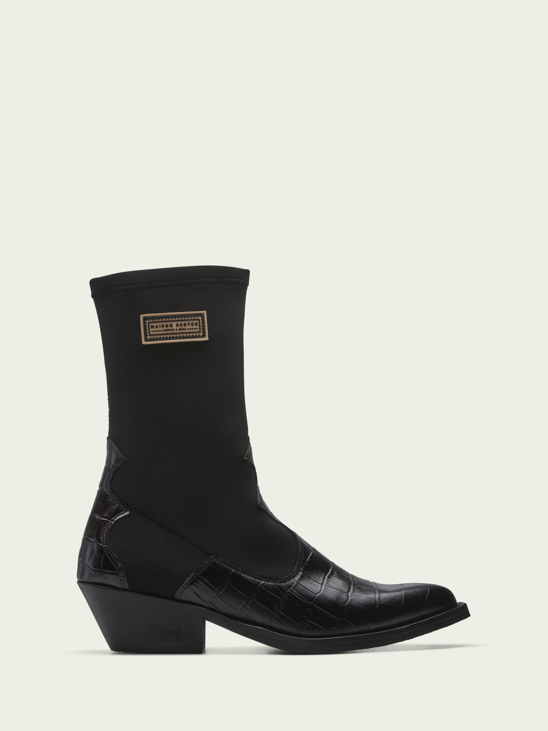 Women Corall black mid-length boot