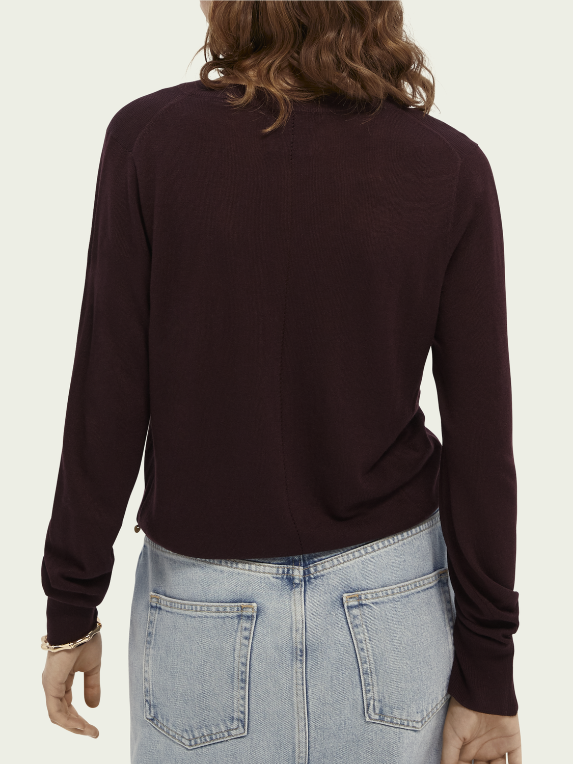 Women Lightweight V-neck pullover