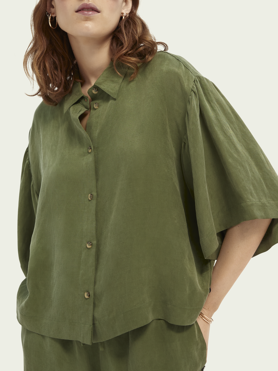 Women Short-sleeved linen-blend shirt