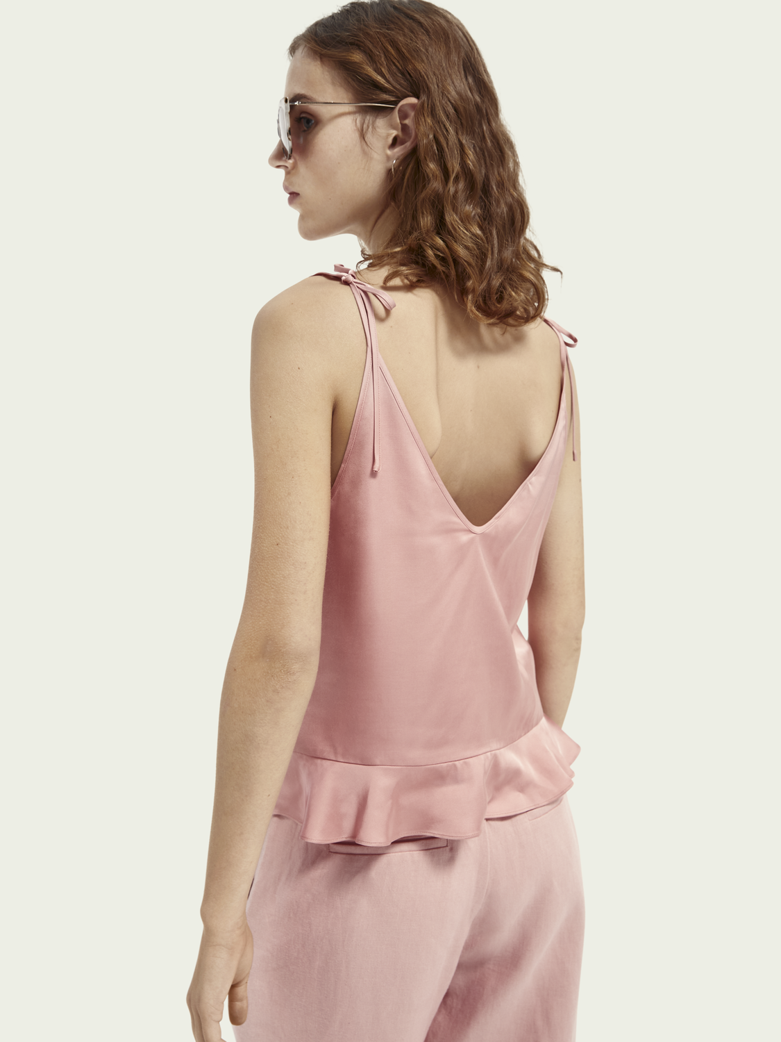 Women Peplum hem tank top