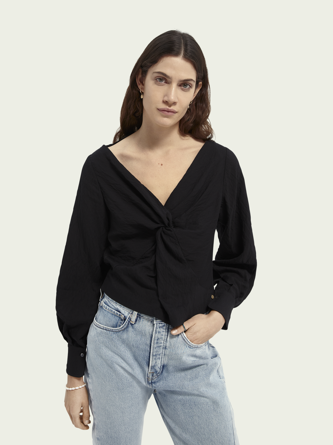 Women V-neck knotted top