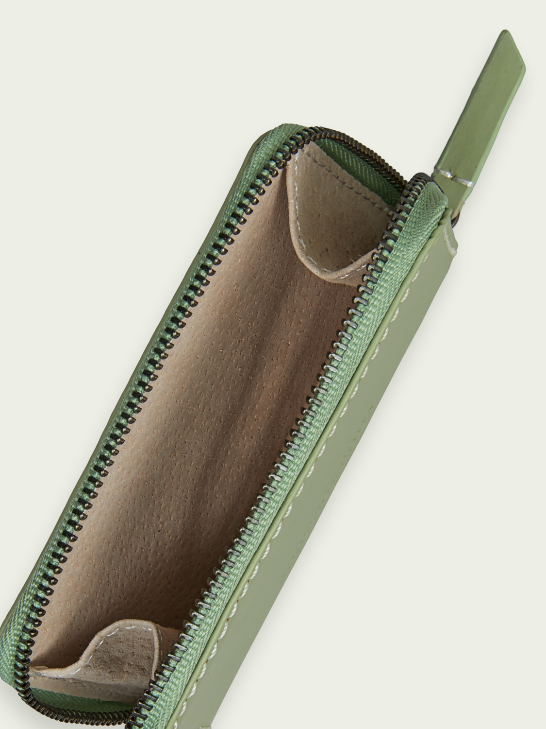 Women Recycled leather coin wallet
