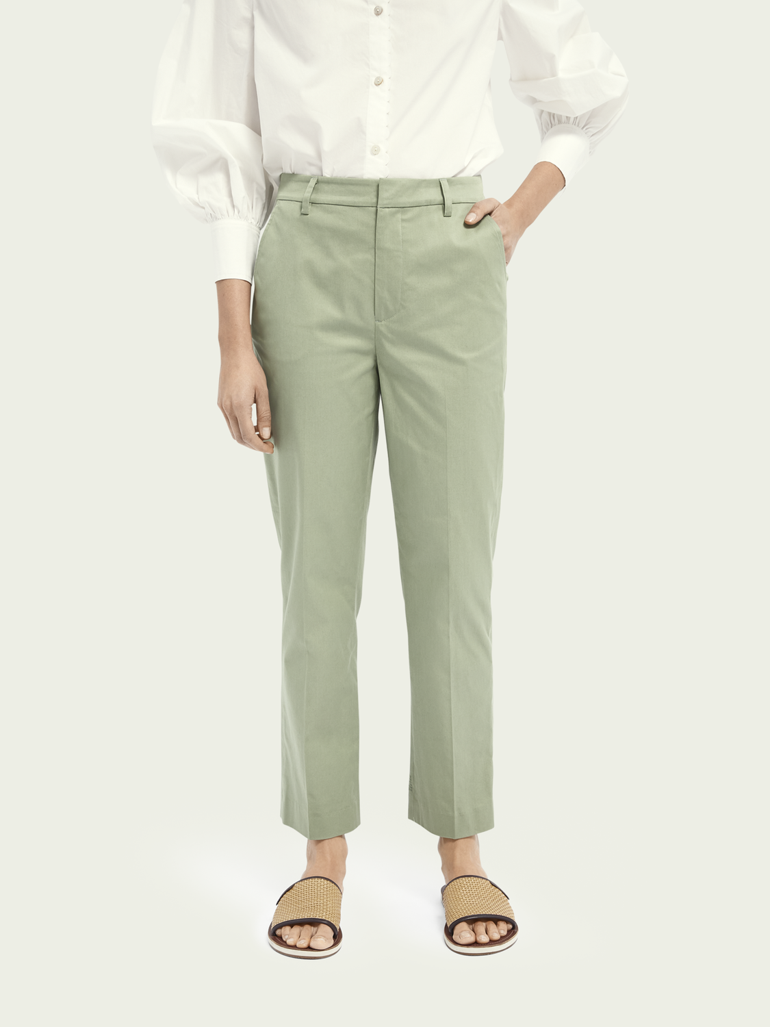 Femme Chino Abott à taille mid-rise