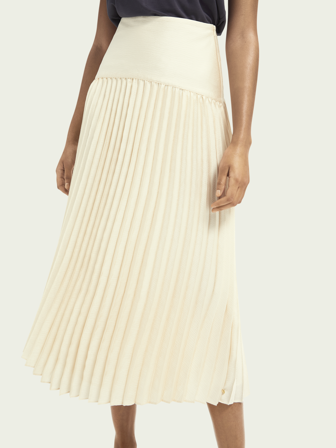 Women Pleated maxi skirt