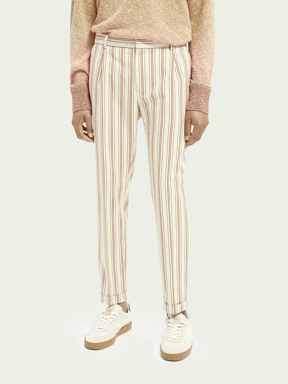 Men Blake classic pleated structured chino